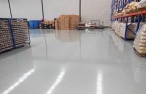 中山固化地坪企业分析影响地坪漆固化的因素