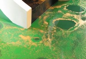 中山固化地坪浅述其是色浆表面的污渍有很多缘故